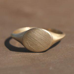 טבעת חותם בזהב 14K
