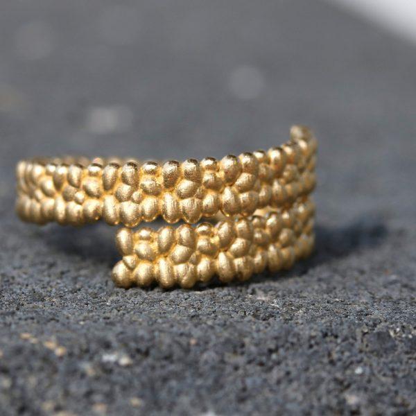 טבעת זהב כפולה